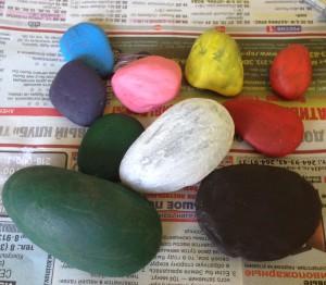 раскрашиваем камни на английском языке