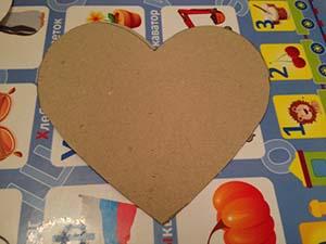 Поделка сердце на английском языке. Шаг 3